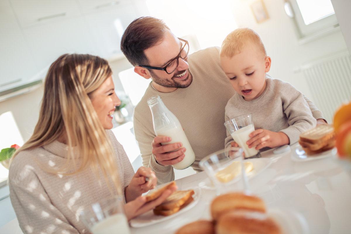 Milch für Baby und Erwachsene