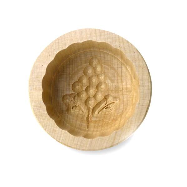 Butterform rund 125 g, aus Ahornholz, 9 cm, Motiv Weintraube