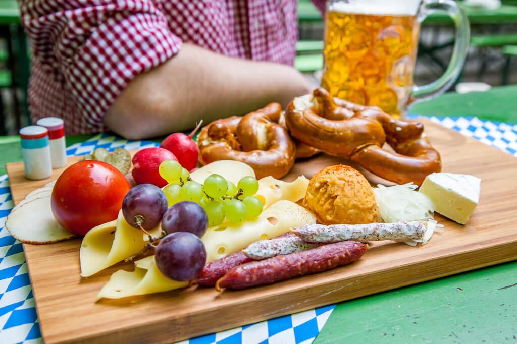 Oktoberfest und Bayerischer Käse!